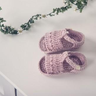 Sandalia Andrea para bebé hecha a mano 100% algodón